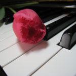 子供の習い事でピアノは良い効果しかない?スポーツや癒やしの効果も!